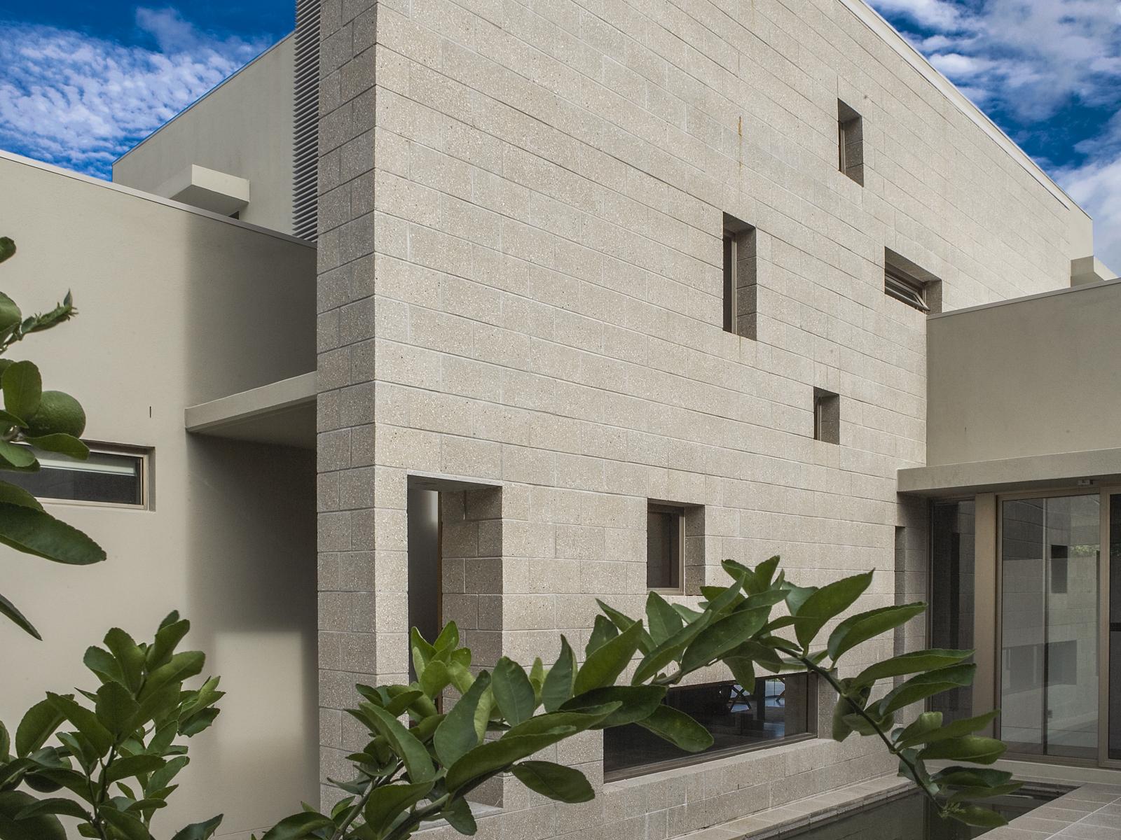 1-7-3-royal-pines-residence